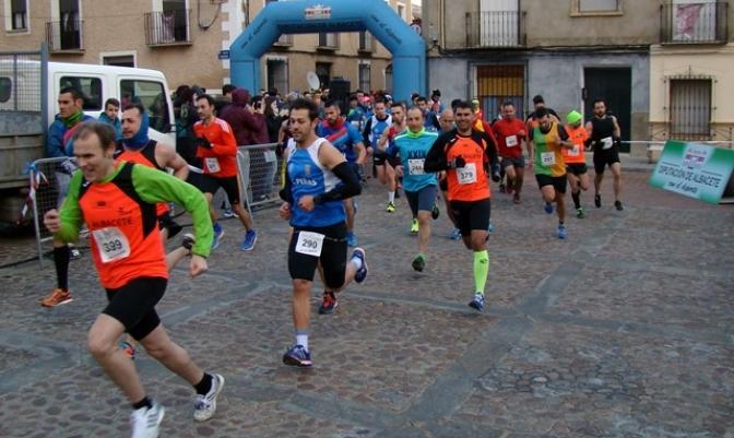 Antonio Zafra y Marta Moreno ganaron la carrera popular de San Pedro