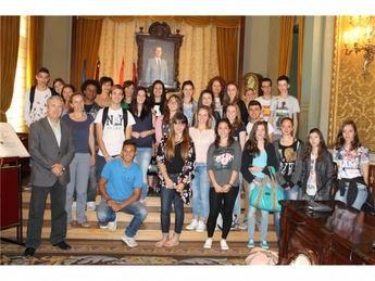 Alumnos de Francia visitan el Palacio de la Diputación Provincial de Albacete