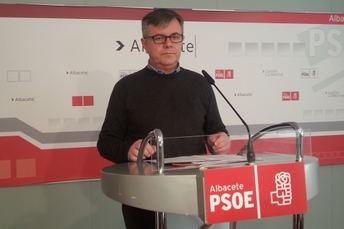 El Ayuntamiento de Hellín, obligado a restituir la placa del recinto ferial con el nombre del alcalde Baldomero Marín