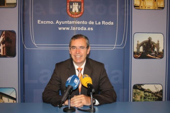 El alcalde de La Roda realiza un positivo balance de la Semana Santa 2014