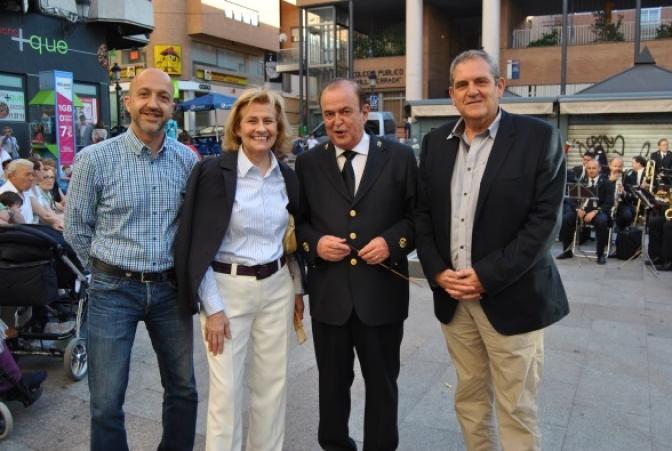 La Noche Mágica revitaliza y da vida durante unas horas el comercio del centro de Albacete