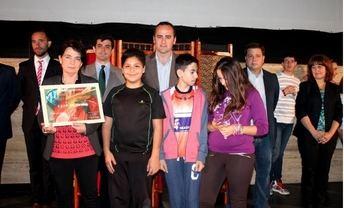 El diputado provincial de Cultura, Fermín Gómez, participa en la entrega de premios del XIII Certamen de Libros Gigantes