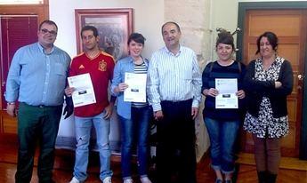 El área de Juventud premia con entradas para el Viña Rock a los usuarios de sus servicios