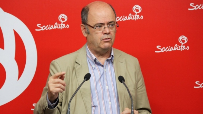 """El PSOE exige al Gobierno """"que reaccione ya"""" para frenar los daños del veto ruso"""