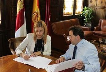 La Diputación firma un convenio de colaboración con las Mujeres Empresarias para realizar cursos de formación en la provincia