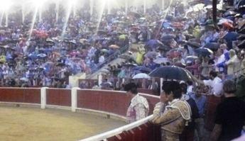 El PSOE pide que el concejal de asuntos taurinos explique la gestión de la plaza de toros antes de prorrogar el contrato