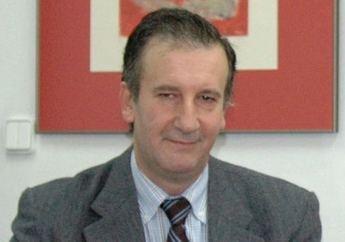 El profesor Nicolás García, miembro de la comisión evaluadora de la prueba de acceso a la Abogacía