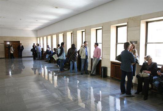 Juzgan a mujer en Albacete por sacar a su hermano de una residencia de ancianos sin permiso