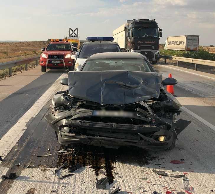 Cuatro turismos y dos camiones implicados en un accidente en la A-31, en La Roda (Albacete)