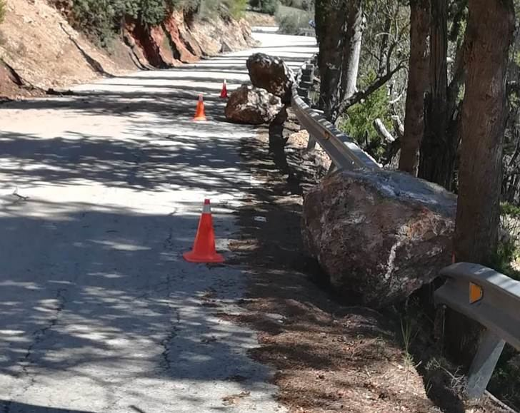 Los trabajos de conservación de carreteras de la provincia de Albacete continúan durante el Estado de Alarma