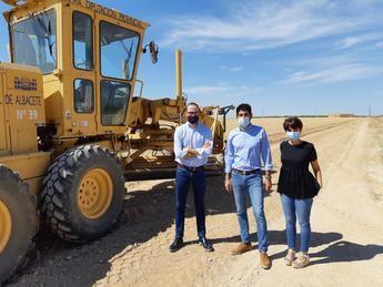 El Ayuntamiento de Albacete y la Diputación inician las obras de los caminos agrícolas de las pedanías