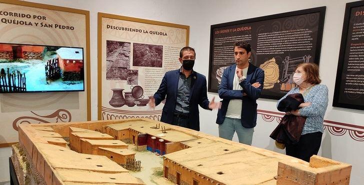 Inaugurado en San Pedro el Centro de Interpretación del Yacimiento de La Quéjola