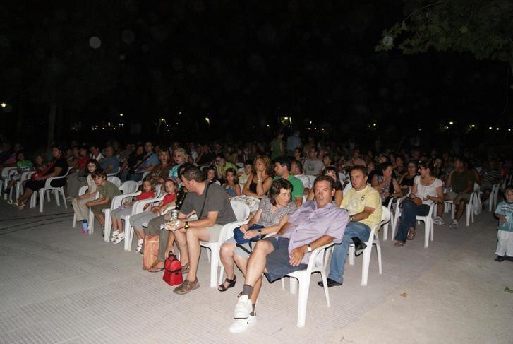 El parque Abelardo Sánchez y el Recinto Ferial acogen la XIII temporada de cine de verano
