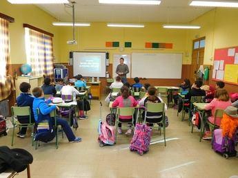 El Ayuntamiento de Elche de la Sierra organiza actividades para los menores contra el acoso escolar y ciberbullyng