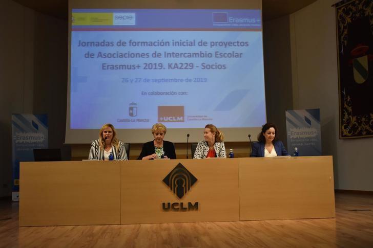 500 docentes de toda España intercambian experiencias sobre proyectos 'Erasmus+'