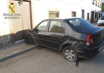 Detenido en El Toboso tras intentar embestir con su coche a la Guardia Civil y chocar con una vivienda