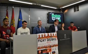 El pabellón de la Feria acoge este fin de semana la VII edición del 'Fight Dreams. Trofeo de la Navaja'