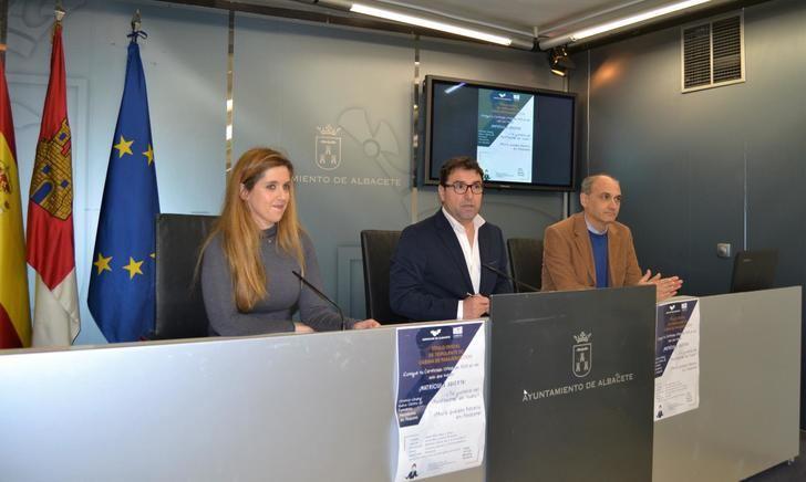 El Aeroclub de Albacete formará a 20 alumnos como tripulantes de cabina de pasajeros
