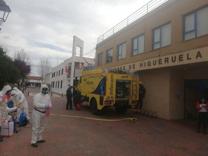 Un centenar de militares realizan tareas de desinfección en Albacete, Ciudad Real y Toledo