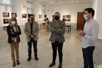 El Archivo Provincial de Albacete acoge la exposición fotográfica en homenaje a Luis Valtueña