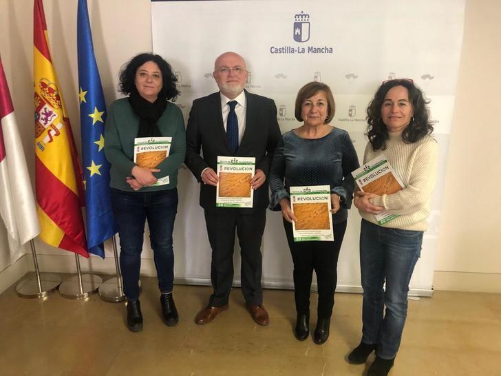 Castilla-La Mancha reconoce la labor de AFA Villarrobledo con pacientes de alzheimer y sus familias