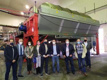"""La Cooperativa del Campo """"La Unión"""" de Tarazona recibe la mayor ayuda VINATI de la provincia de Albacete"""
