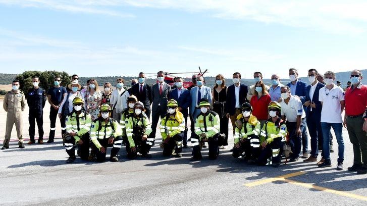 Cabañero inaugura las obras de mejora del aeródromo de la provincia de Albacete para incendios forestales