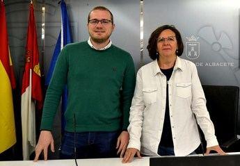 PSOE y Ganemos Albacete solicitan implantar una unidad de violencia de género en la Policía Local