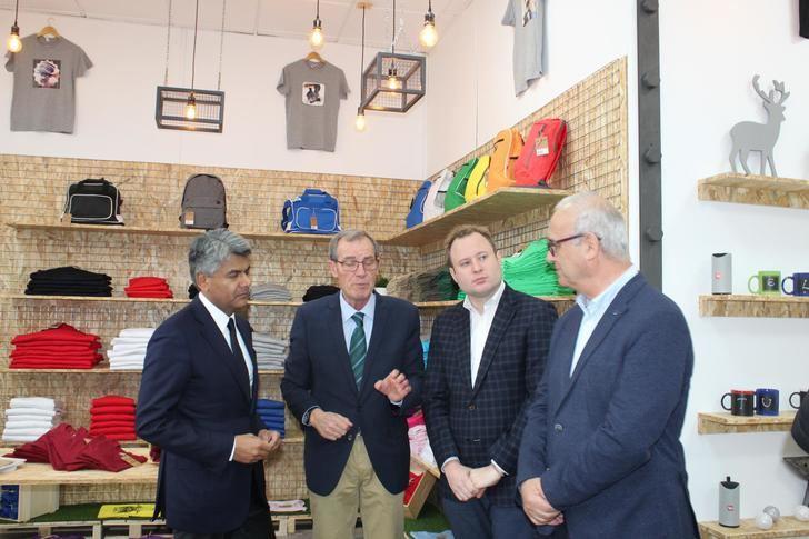 El alcalde de Albacete valora la nueva apertura de la Fundación ALSA en Imaginalia