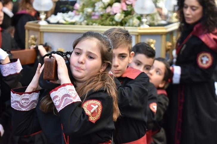 Los niños fueron los protagonistas de la procesión de Semana Santa del lunes en Albacete