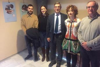 """Inaugurada la exposición """"Una biblioteca para kanzenze"""" en la biblioteca pública de Albacete"""