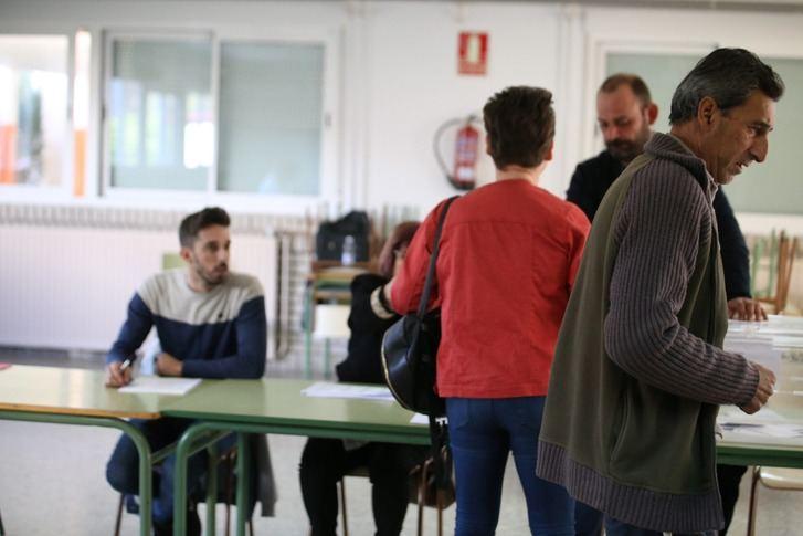 El 10N pueden votar en Castilla-La Mancha 1.573.256 personas, en las más de 3.000 mesas electorales