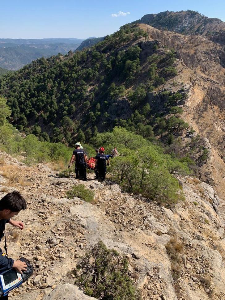 Rescatada la mujer de 52 años herida al caer a un barranco cuando hacía senderismo en Molinicos (Albacete)