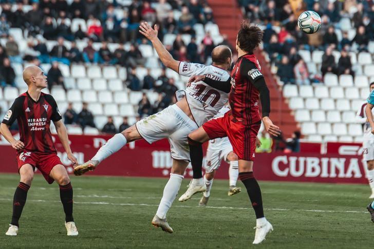 El Mirandés remonta ante un Albacete que sigue con falta de gol (1-2)
