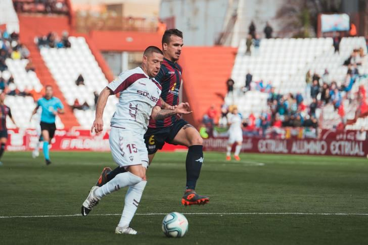 El Albacete, que falló un penalti, dejó escapar el triunfo ante el Extremadura (1-1)