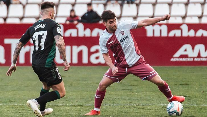 El Albacete Balompié despide el año cayendo en casa ante el Elche (0-1)