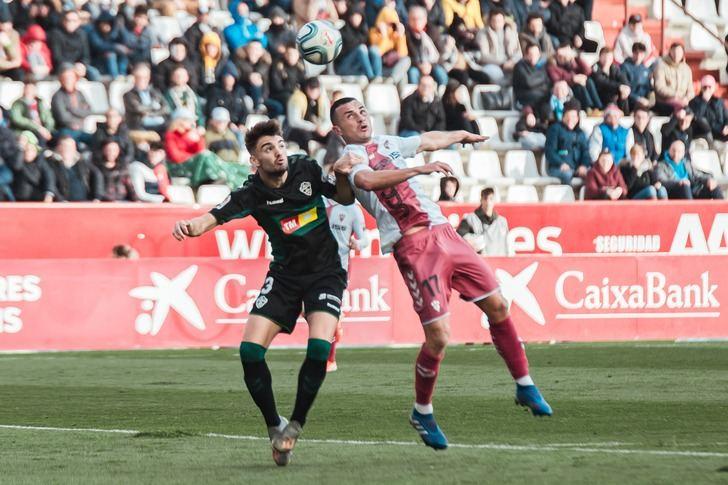 El Albacete afirma que el ERTE asegura la 'viabilidad' del club y negocia la reducción de salarios de los jugadores