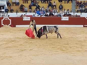 Diego Carretero y Miguel Tendero triunfan en la plaza de toros de Tobarra