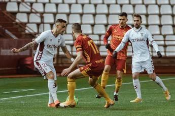 Un gol de penalti permitió al Albacete ganar al Zaragoza (1-0) y ver algo de luz