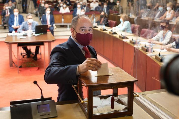 Sáez promete su cargo como nuevo alcalde de Albacete