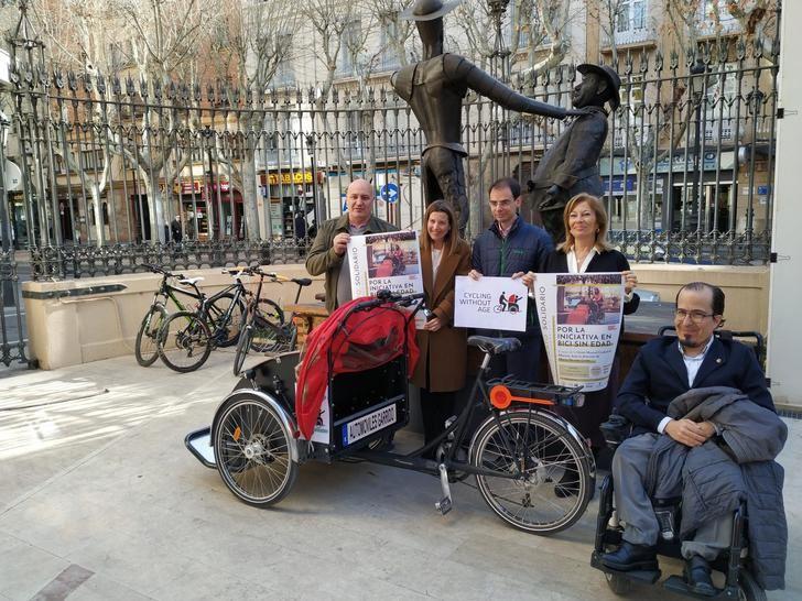 La Unión Musical Ciudad de Albacete presenta el proyecto solidario 'En bici sin edad'