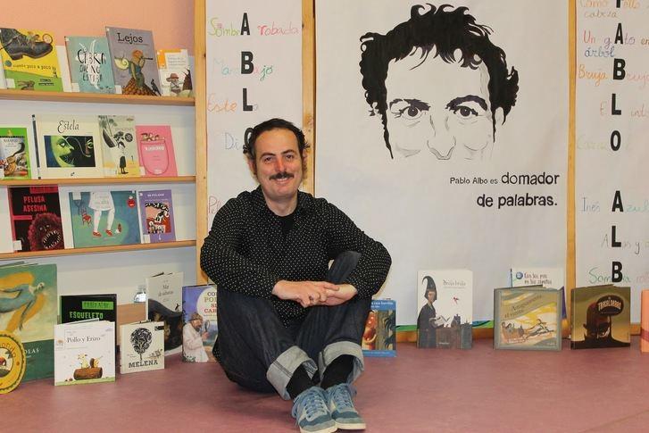 La Roda recibe al escritor y cuentista Pablo Albo en un programa de taller de narración oral