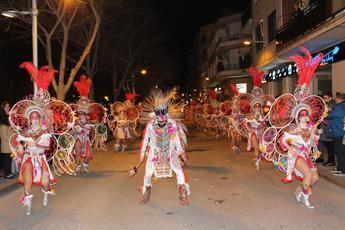Más de un millar de personas participaron en el desfile del carnaval de La Roda el pasado sábado