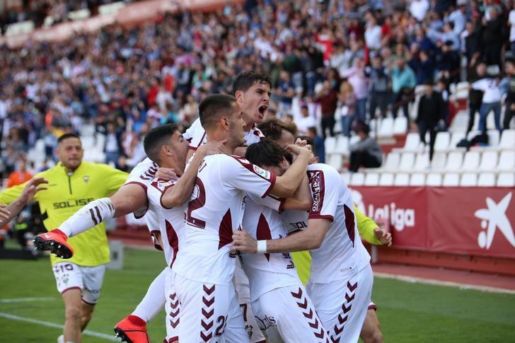 Un gran gol de Eugeni devuelve al Albacete Balompié a la senda del triunfo (1-0)