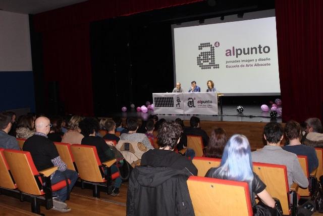 """La Universidad Popular inaugura las Jornadas de Imagen y Diseño organizadas por la escuela de arte de Albacete """"alpunto4"""""""