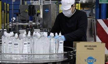 Un laboratorio Albacete fabrica en marzo 200.000 litros de gel hidroalcohólico y dona parte de la producción a los sanitarios