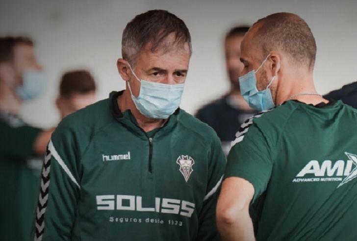 """Lucas Alcaraz quiere que el Albacete sea un """"equipo camaleónico"""" que sepa adaptarse al juego"""