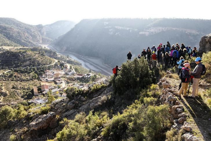 Villa de Ves y Jorquera cierran este fin de semana la VI edición de las Rutas Senderistas