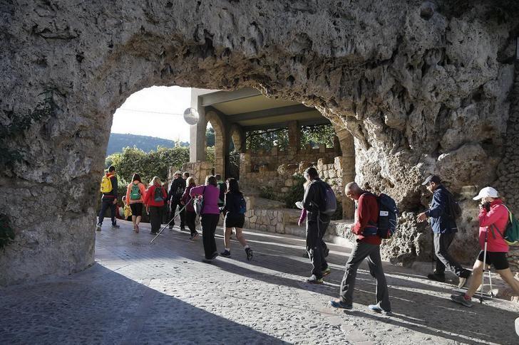 Impresionantes paisajes en las rutas de senderismo de Peñascosa y Letur