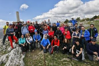 Sol primaveral en las rutas senderistas de la Diputación en Yeste y Fuentealbilla